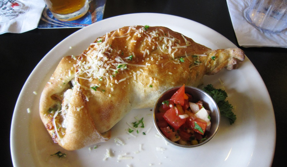 Cafe Pesto Calzones