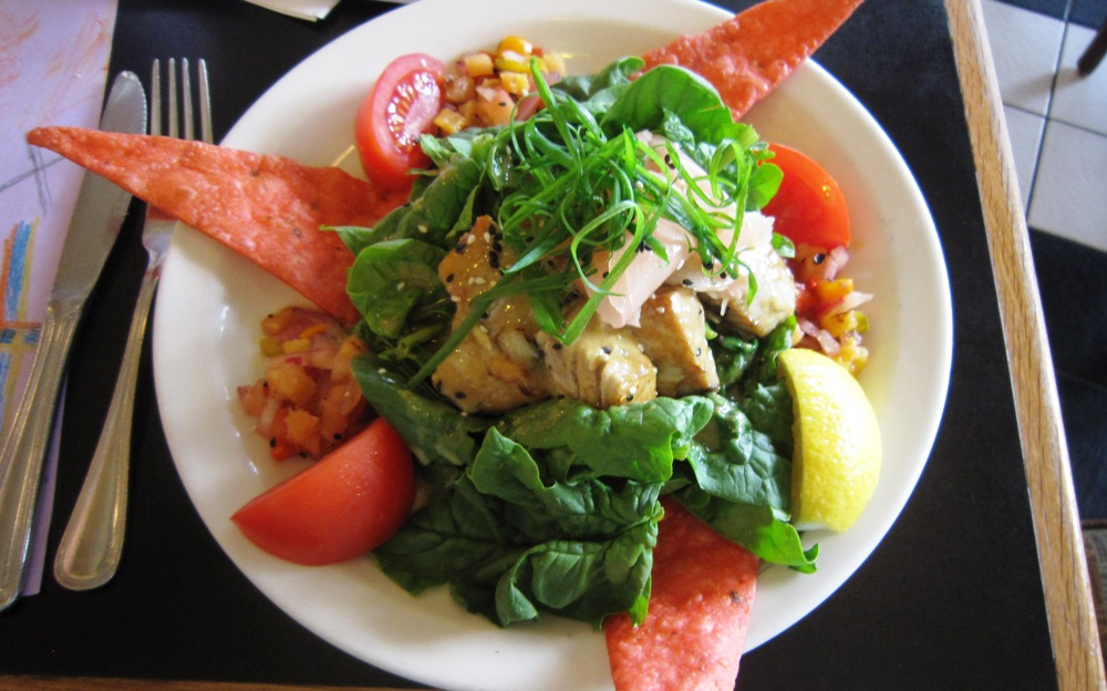 Cafe Pesto Salad