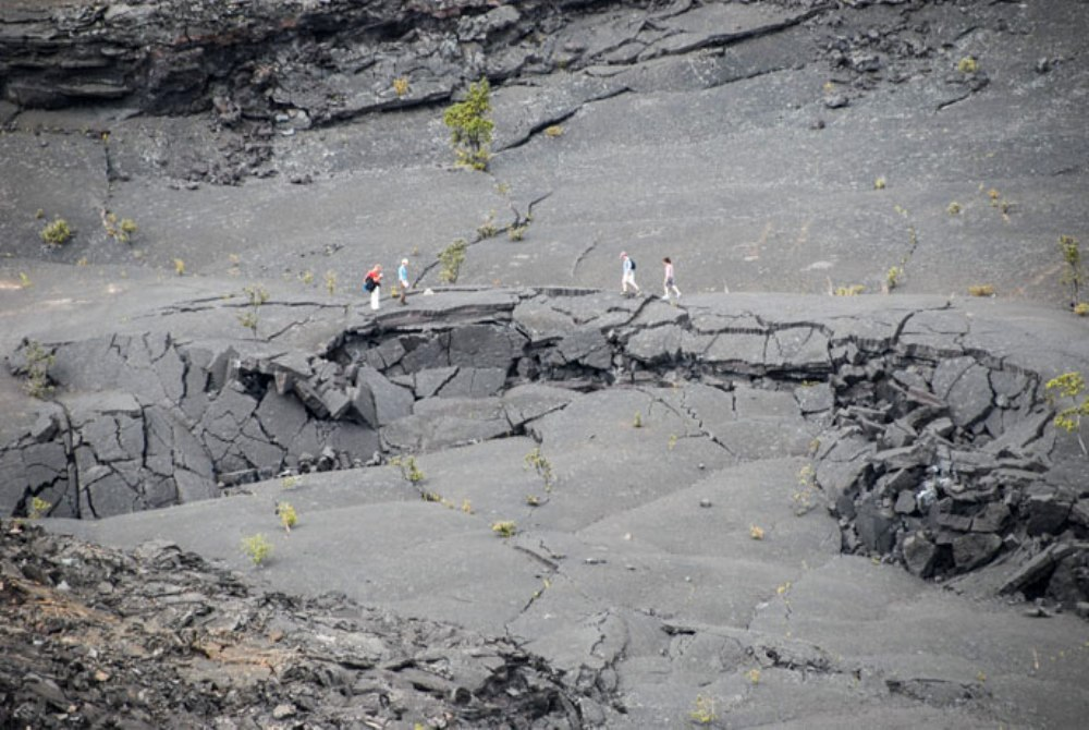 Kilauea_iki Crater